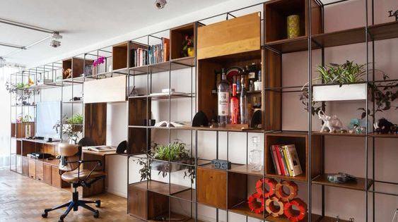 estantes e prateleiras